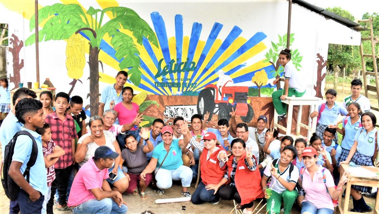 En Leticia (Montería), pintan mural para dignificar el campo