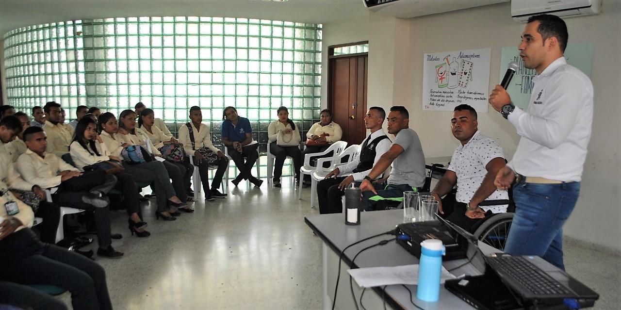Víctimas de minas antipersona se forman en el SENA y son ejemplo para otros aprendices