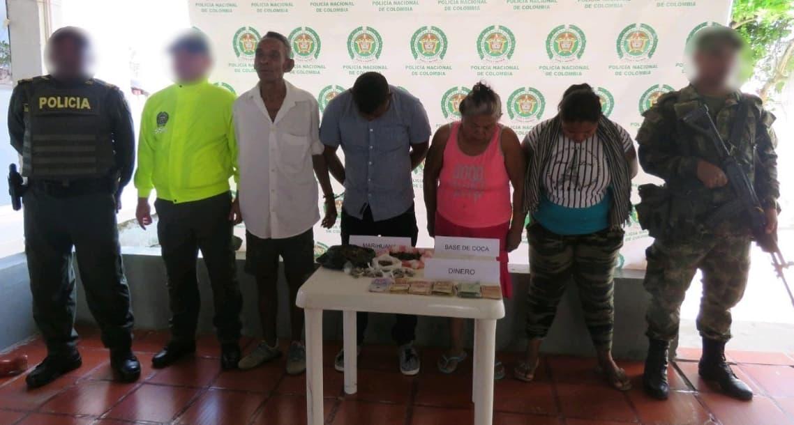 Capturadas cuatro personas con más de 1.200 dosis de estupefaciente y dinero en efectivo