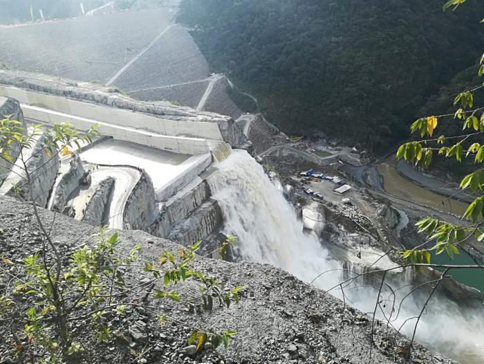 Con éxito culminó maniobra de cierre de compuerta en Hidroituango