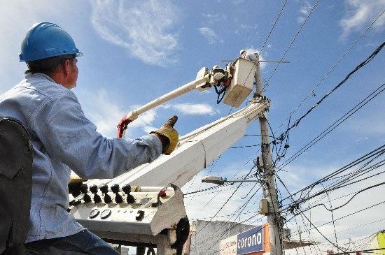 Ayapel y La Apartada estarán sin energía por trabajos en redes eléctricas