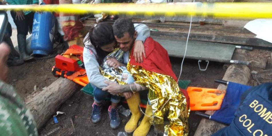 Mineros fueron rescatados después de casi tres día de atrapados