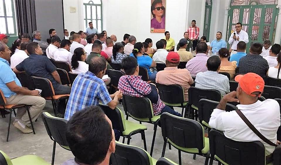 Autoridades y comunidad en Ciénaga de Oro, fueron atendidas por Electricaribe